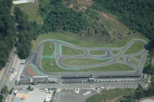 3 pistas imperdíveis para correr de kart em São Paulo