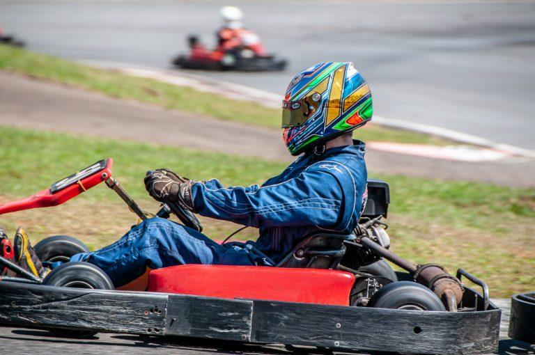 acelerador e freio kart rental